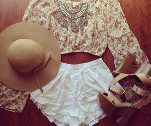 boho, floral, and crop top image