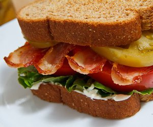 bacon, mayonnaise, and bread image