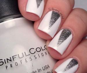 nail art, nails, and silver image