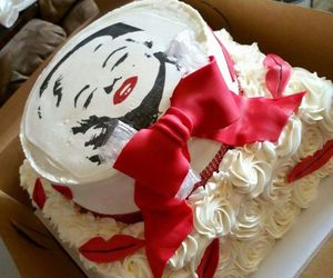 bow, cake, and creamy image