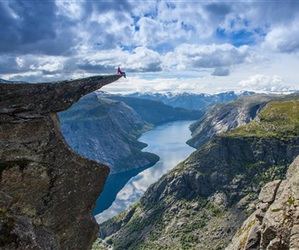 norway, mountains, and trolltunga image