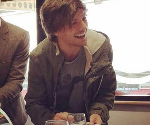 louis, tomlinson, and doncaster image