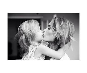 girl and mom image