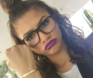 zendaya, hair, and glasses image