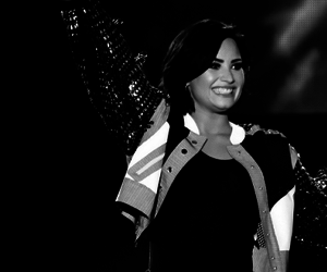 demi lovato, lovatic, and lovato image