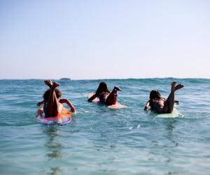 australia, summer, and best friends image