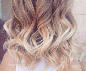 curls, pelo, and rubia image