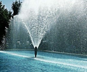 beautiful, blue, and fountain image