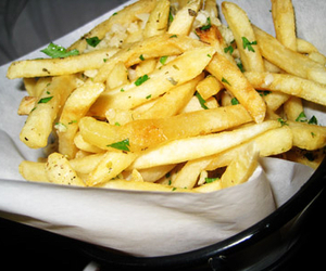 French Fries, fries, and garlic fries image