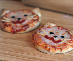 sweet, cats, and mini pizza image