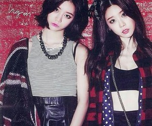 hyeri, girl's day, and sojin image