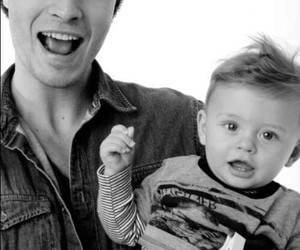 Francisco Lachowski, model, and baby image
