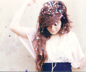 girl, hair, and confetti image