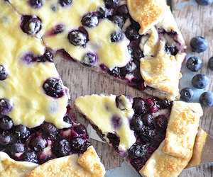 dessert and blueberry cheese cake image