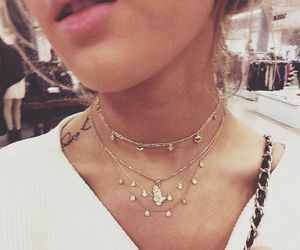 necklace, fashion, and gold image