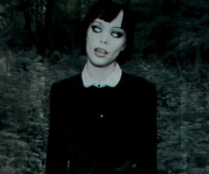 Alice Glass, grunge, and indie image