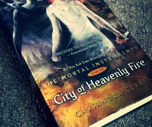 books, the mortal instruments, and cassandra clare image