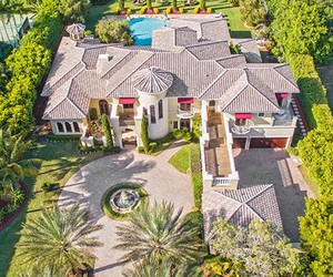 dream house and luxury life image