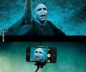 harry potter, voldemort, and selfie image