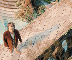 bilbo, gif, and lord of the rings image