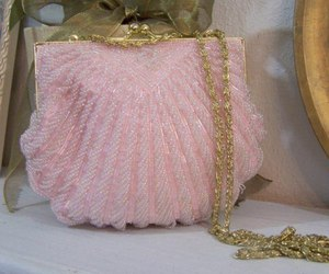 pink and purse image