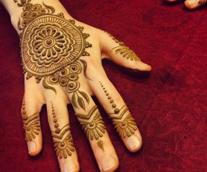 mehndi and red image