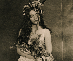 ellen rogers, flowers, and girl image