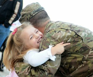 military, comeing home, and welcom home image