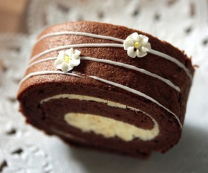 roll, cake roll, and chocolate image