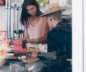 hailey baldwin, justin bieber, and kendall jenner image