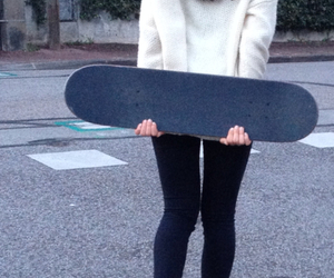 girl, skate, and skateboarding image