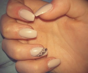 beautiful, Prom, and nails image