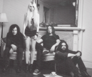the pretty reckless, Taylor Momsen, and rock image