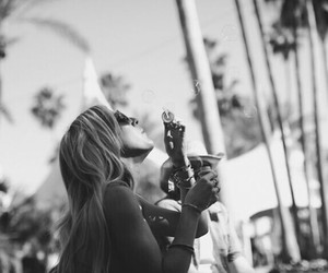 Ellie Goulding and coachella image