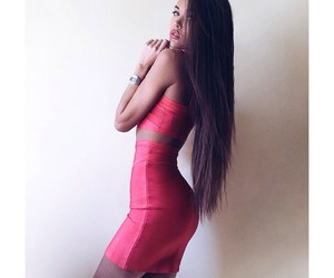 dress, hair, and body image