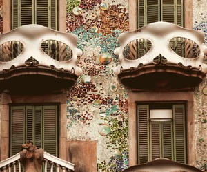 cupcake, Gaudi, and barcelone image