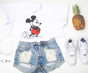 clothes, fashion, and mickey image
