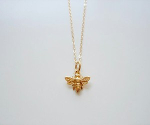 bee and necklace image