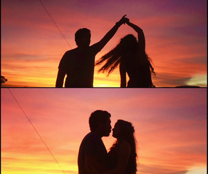 atardecer, couples, and dance image