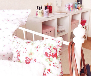 bedroom, flowers, and girly image