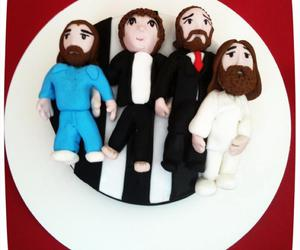 cake, fondant, and the beatles image