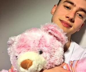 olly, olly alexander, and pink image