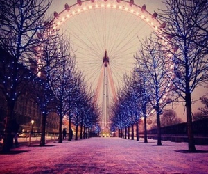 london, light, and winter image