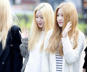 red velvet, irene, and kim yerim image