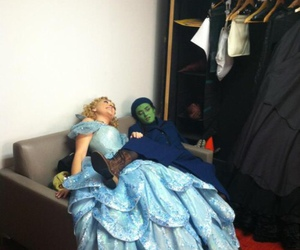 fairytales, wicked, and glinda image