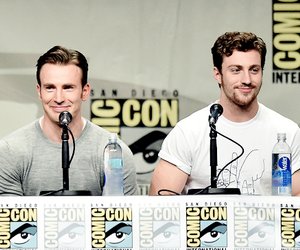 chris evans, comic con, and Marvel image