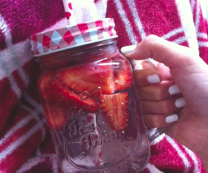 drink, spring, and strawberry image