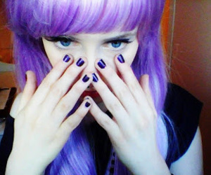 purple hair, scene girl, and emo hair image