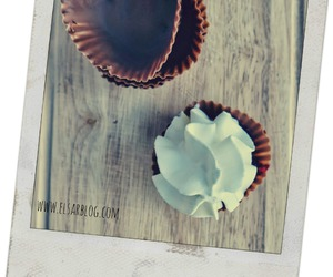 chocolade, cups, and muffins image