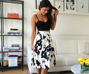outfit and mimi ikonn image